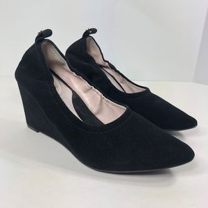TARYN by Taryn Rose Yvette Black Suede Wedge Heels